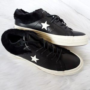 Converse One Star Ox Leather Low Top Sneaker sz 8M
